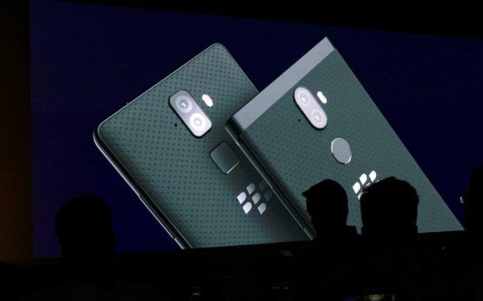 Blackberry, BlackBerry evolve, bb evolve, bb evolve x, evolve x, evolve, evolve features, blackberry evolve features, blackberry evolve x features, evolve x price